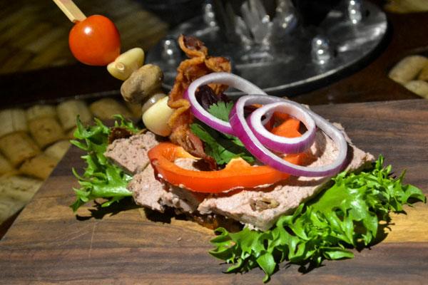 selskabsmad-smørrebrød-leverpostej